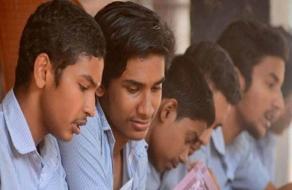 COVID: ICSE cancels class 10 boards exams, withdraws option for students to appear later