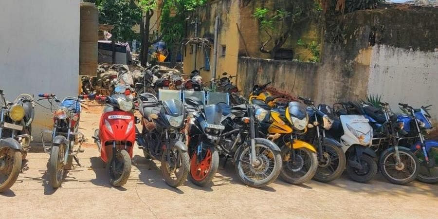 The stolen bikes recovered by cops from the gang of minor boys. (Photo   Express)