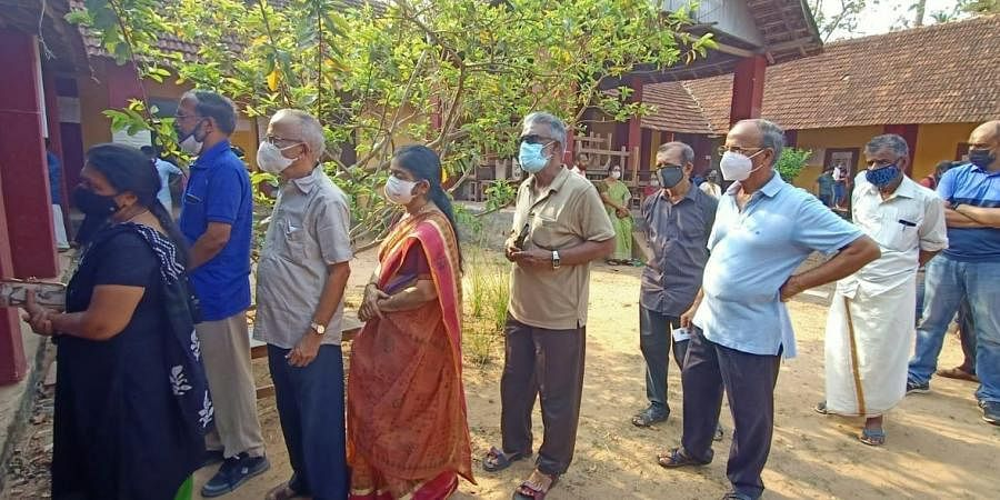 Voters turned up in good numbers to exercise their franchise at Sasthamangalam.