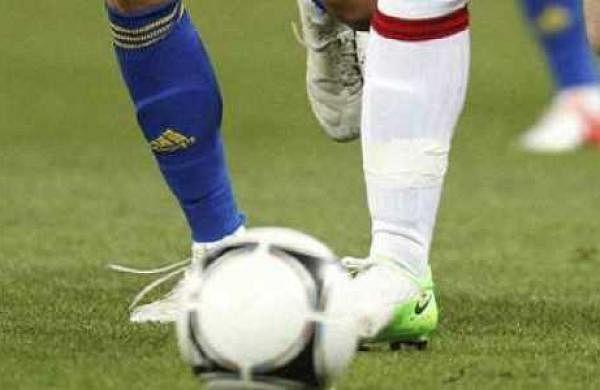 Afghan women soccer players enter Pakistan