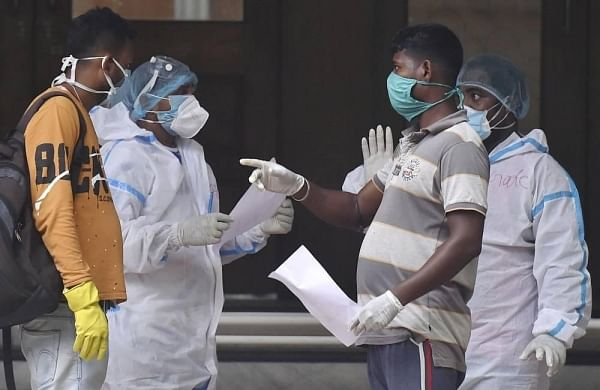 India records 3.29 lakh fresh COVID-19 cases, 3,876 fatalities; recoveries outnumber new infections