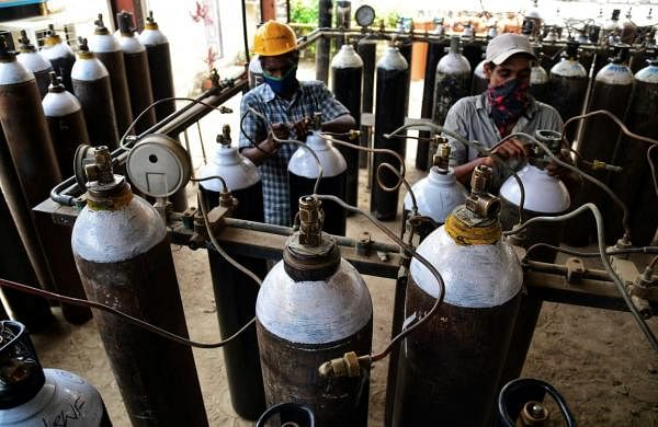 TN looking to airlift oxygen cylinders, concentrators from MP