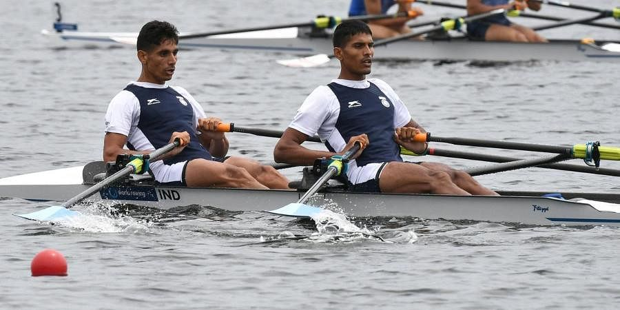 Indian rowers Arjun Lal Jat (L) and Arvind Singh