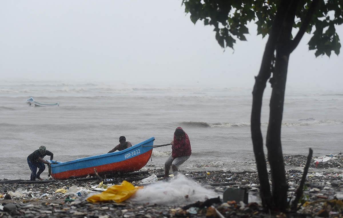 cyclone_PTI018