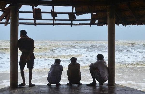 Tuaktaenow very severe cyclonic storm, to reach Gujaratcoast: IMD