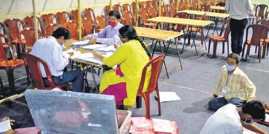 An election counting centre at Netaji Indoor Stadium in Kolkata on Sunday
