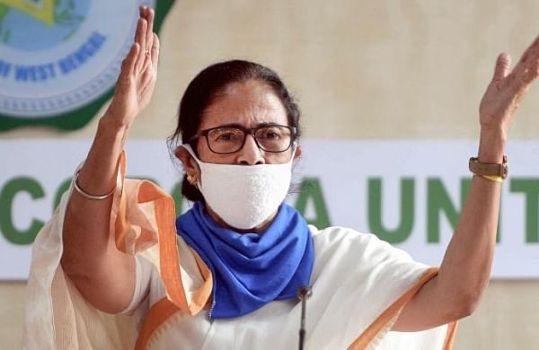 Mamata writes to PM, seeks increase in supply of oxygen as Bengal's COVID situation worsens