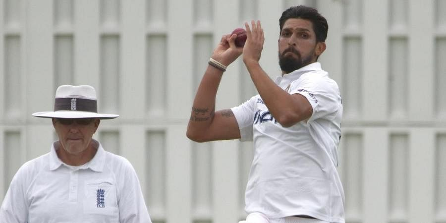 Ishant Sharma bowling during the intra-squad practice match