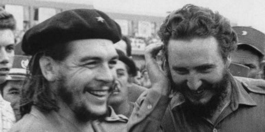 Photo taken in the 60's of then Cuban Prime Minister Fidel Castro (R) during a meeting next to Argentine guerrilla leader Ernesto Che Guevara.