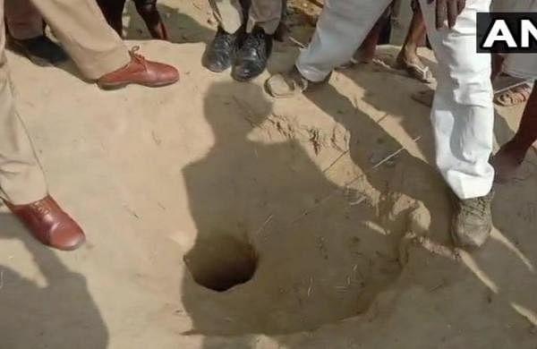 Five-year-old falls in 150-ft-deep borewell in Uttar Pradesh's Dhariyai village, rescue operation on