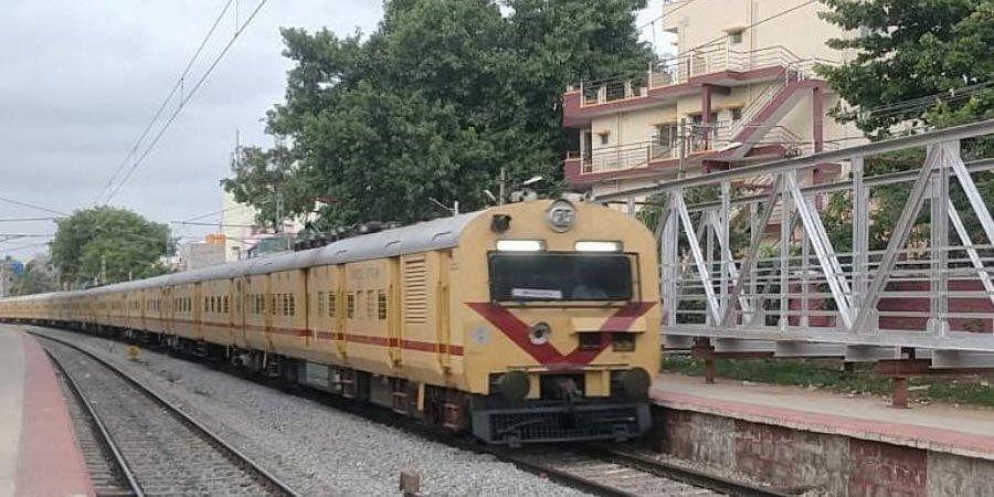 Chamundi Express with new MEMU coaches captured at Krishnadevaraya Halt stn (004)
