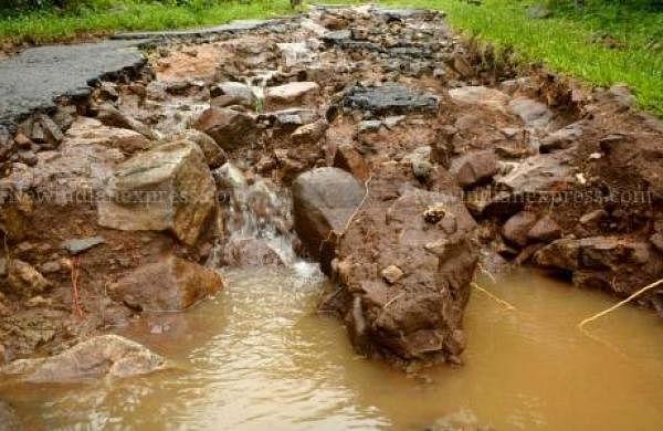 Landslides following heavy rains leave 150 people stranded in Uttarakhand's Champawat