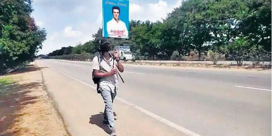 Teenager starts walking from Hyderabad to meet Sonu Sood in Mumbai- The New Indian Express
