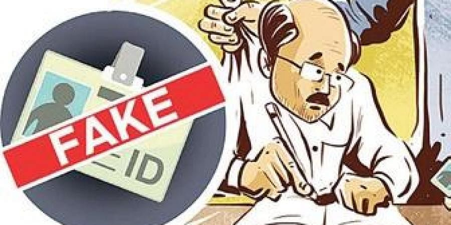 Fake, Fraud, Impersonation