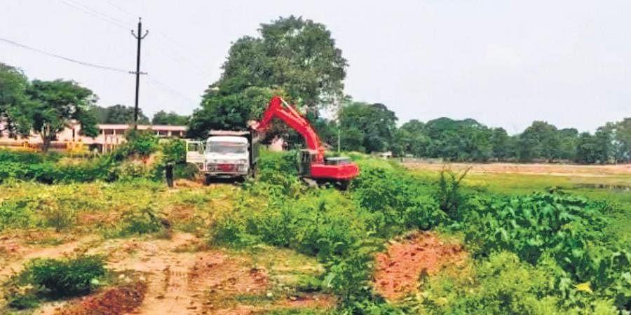 Renovation work of Bijli pond underway in Sundargarh town