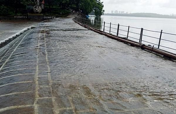 Red alertfor Mumbai, IMDpredictsheavy to very heavy rainfall on July 21