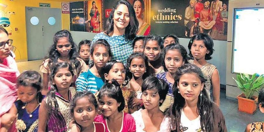 everal Tollywood stars have collaborated with a city-based NGO for a one-of-a-kind initiative called 'Silent Auction'.