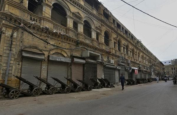 Pakistan puts Karachi under lockdown amid new surge in Covid-19 cases- The New Indian Express