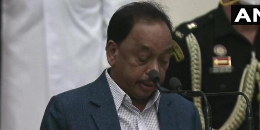 Newly-inducted minister Narayan Rane takes oath at Rashtrapati Bhavan