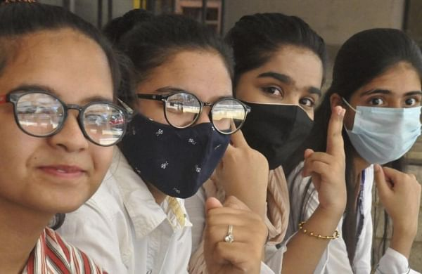 CBSE class 10 result: Over 57,000 students score above 95 per cent, over 2 lakh 90-95 per cent scorers