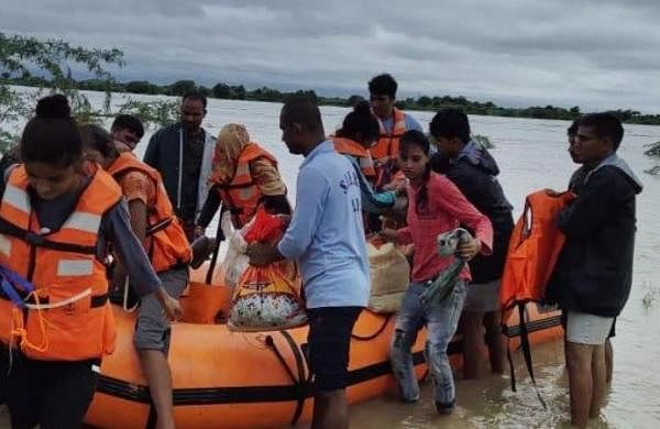 Madhya Pradesh CM discusses state's flood situation with Amit Shah