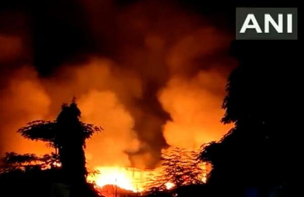 Mumbai: Major fire breaks out at scrap market in Mankhurd; no casualty