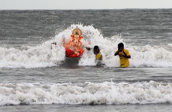 Over 34,000 Ganesha idols immersedin Mumbai; threeboys who ventured into sea still missing