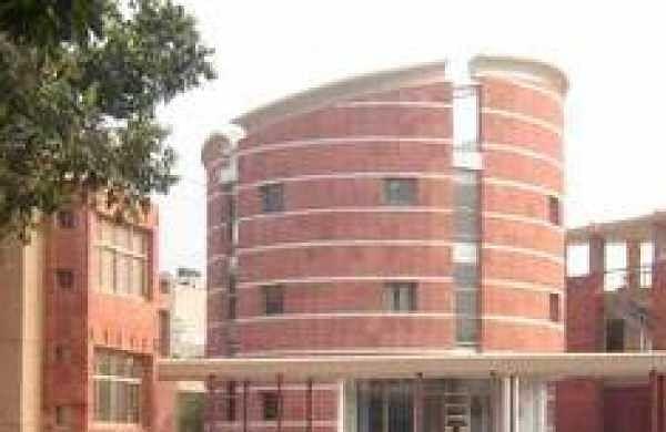 Student groups mount pressure on Jamia Millia Islamia to reopen campus