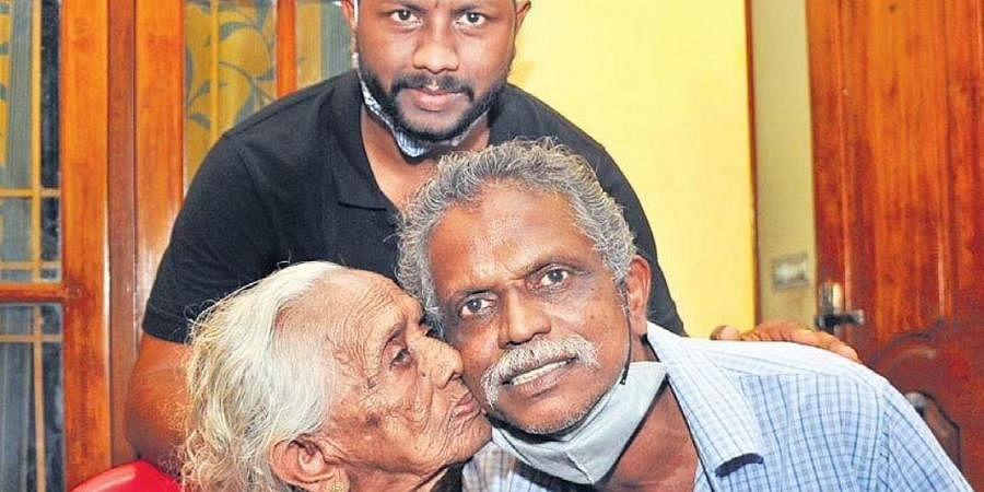 Meet Jayapalan from Kerala, winner of Rs 12 crore Onam bumper lottery- The  New Indian Express