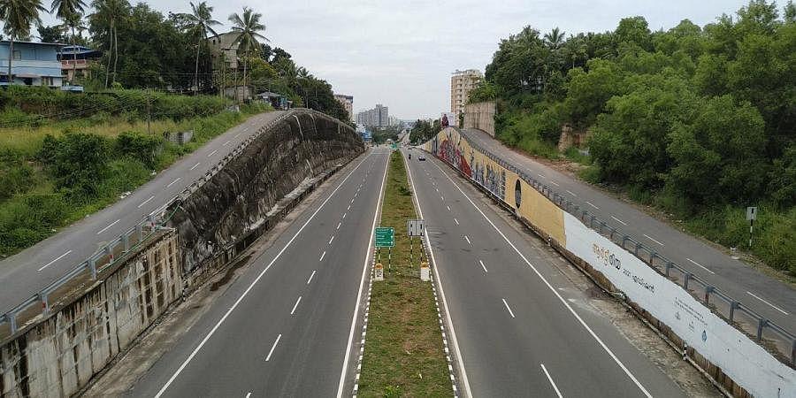 NH66 road in Thiruvananthapuram. (Photo | B P Deepu, EPS)