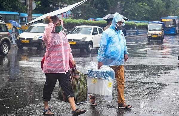 Heavy rains lash Kolkata, waterlogging in parts of Bhowanipore ahead of bypoll